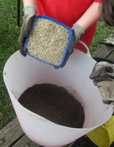 Add vermiculite to compost and worm castings