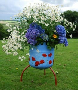 Avoid wasting containers and resources that could have a new life as a garden.