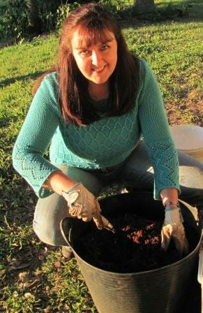 Make your own potting mix - it's easy!