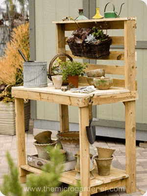 Unpainted repurposed pallet potting bench  | The Micro Gardener