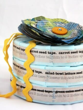Homemade DIY seed tape gardener gift | The Micro Gardener